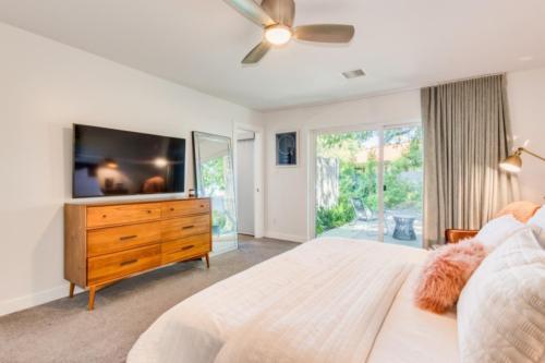 Master Bedroom  // Emily Wertz, Realtor // JustClickYourHeels.com